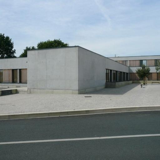 mathieu-godard-architectures-centre-aide-3