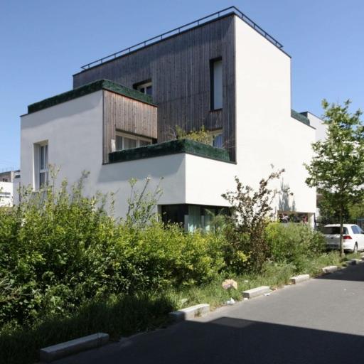 mathieu-godard-architectures-local-associatif-2